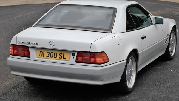NO RESERVE! -1992 Mercedes-Benz 300 SL-24 For Sale (picture 18 of 126)