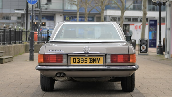 1987 Mercedes-Benz 300 SL For Sale (picture 5 of 148)