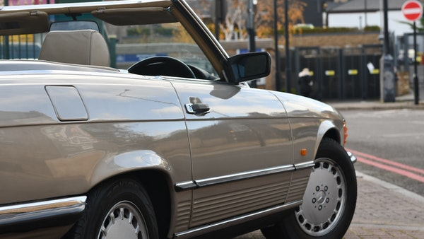 RESERVE REMOVED - 1987 Mercedes-Benz 300 SL For Sale (picture 49 of 136)