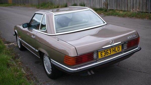 RESERVE LOWERED - 1988 Mercedes-Benz 300 SL For Sale (picture 16 of 285)