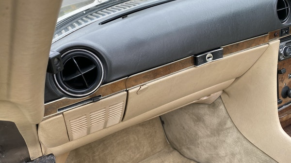 RESERVE LOWERED - 1988 Mercedes-Benz 300 SL For Sale (picture 142 of 285)