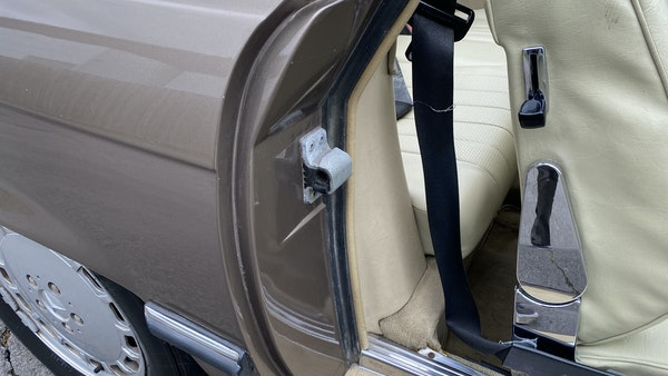 RESERVE LOWERED - 1988 Mercedes-Benz 300 SL For Sale (picture 107 of 285)