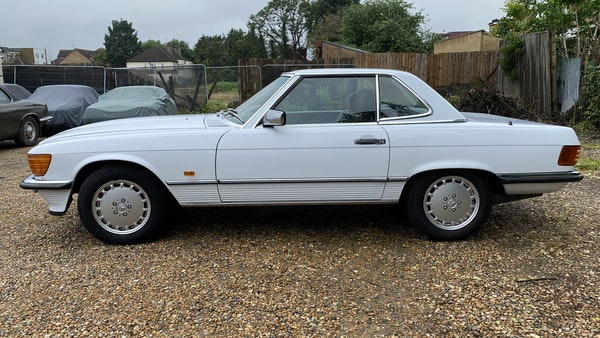 1989 Mercedes 300 SL For Sale (picture 20 of 245)