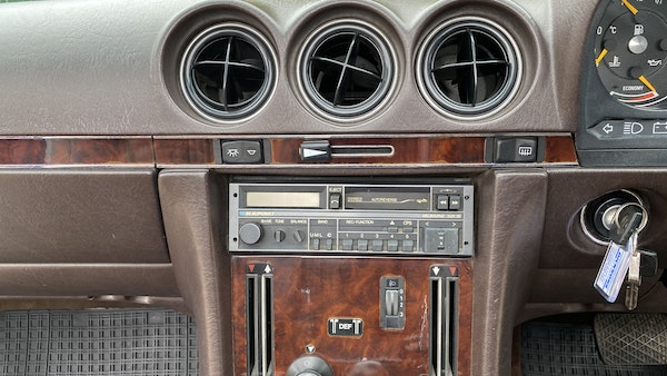 1989 Mercedes 300 SL For Sale (picture 146 of 245)