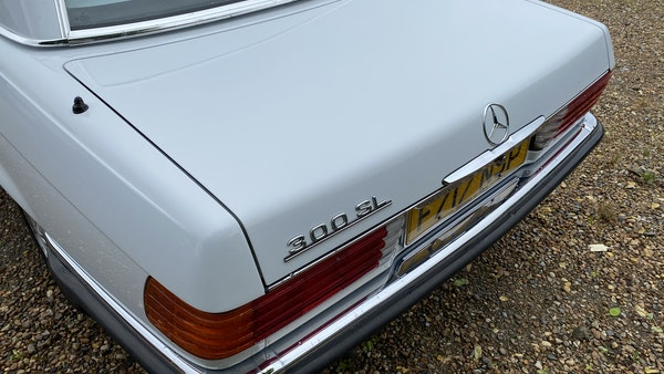 1989 Mercedes 300 SL For Sale (picture 102 of 245)