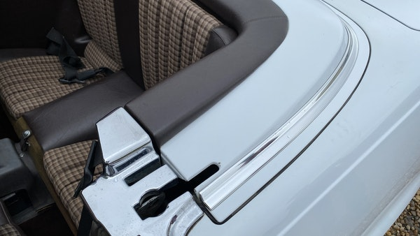 1989 Mercedes 300 SL For Sale (picture 127 of 245)