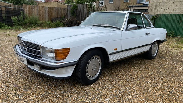 1989 Mercedes 300 SL For Sale (picture 21 of 245)
