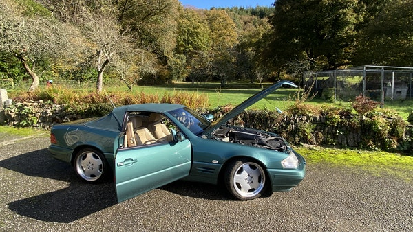 2000 Mercedes-Benz 320 SL Roadster For Sale (picture 16 of 53)