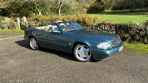 2000 Mercedes-Benz 320 SL Roadster For Sale (picture 3 of 53)