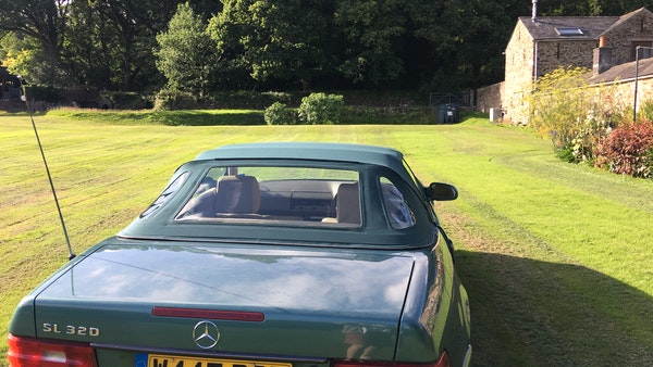 2000 Mercedes-Benz 320 SL Roadster For Sale (picture 34 of 53)