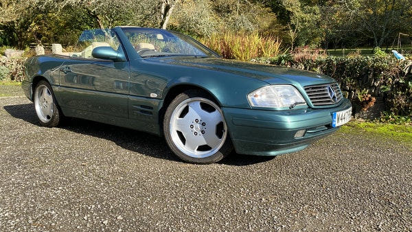 2000 Mercedes-Benz 320 SL Roadster For Sale (picture 10 of 53)