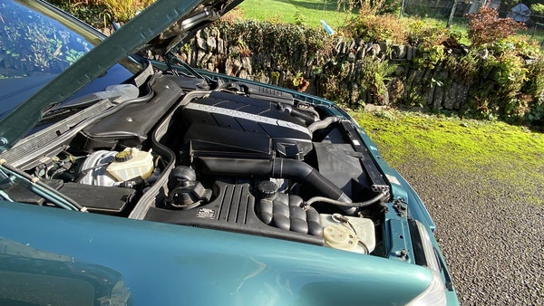 2000 Mercedes-Benz 320 SL Roadster For Sale (picture 44 of 53)