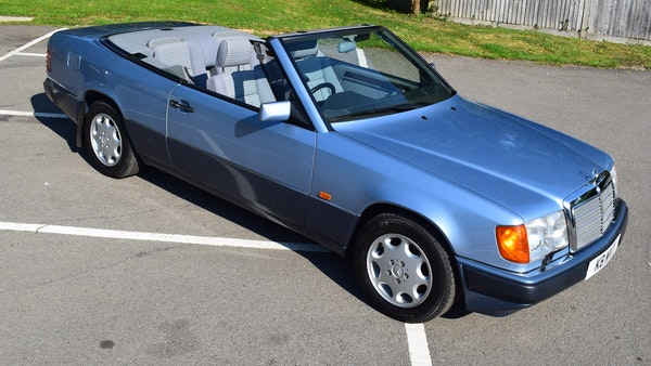 1993 Mercedes-Benz 320CE Convertible For Sale (picture 5 of 88)