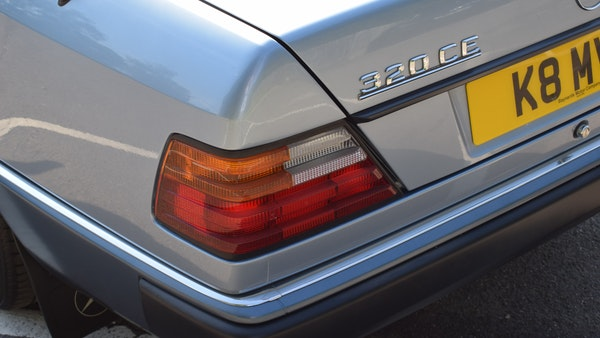 1993 Mercedes-Benz 320CE Convertible For Sale (picture 52 of 88)