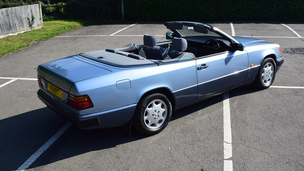 1993 Mercedes-Benz 320CE Convertible For Sale (picture 16 of 88)