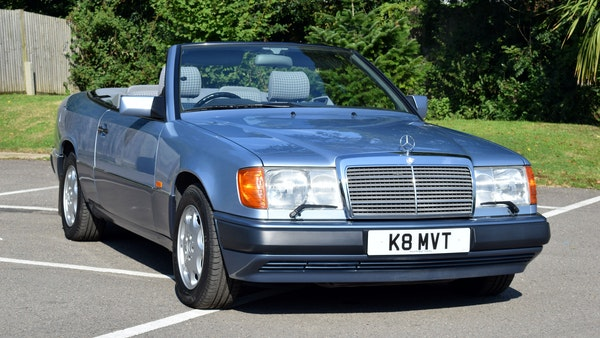 1993 Mercedes-Benz 320CE Convertible For Sale (picture 4 of 88)