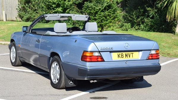 1993 Mercedes-Benz 320CE Convertible For Sale (picture 11 of 88)