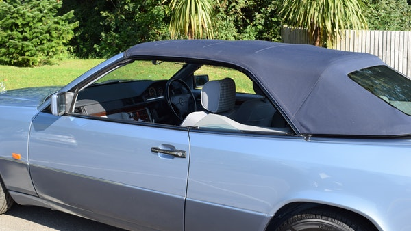1993 Mercedes-Benz 320CE Convertible For Sale (picture 47 of 88)