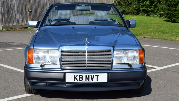 1993 Mercedes-Benz 320CE Convertible For Sale (picture 13 of 88)