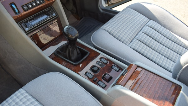 1993 Mercedes-Benz 320CE Convertible For Sale (picture 25 of 88)