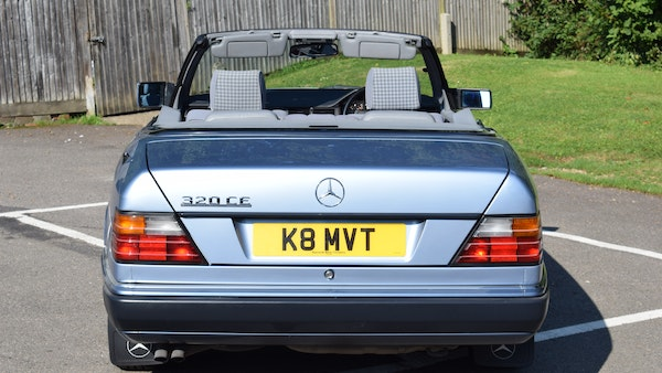 1993 Mercedes-Benz 320CE Convertible For Sale (picture 12 of 88)