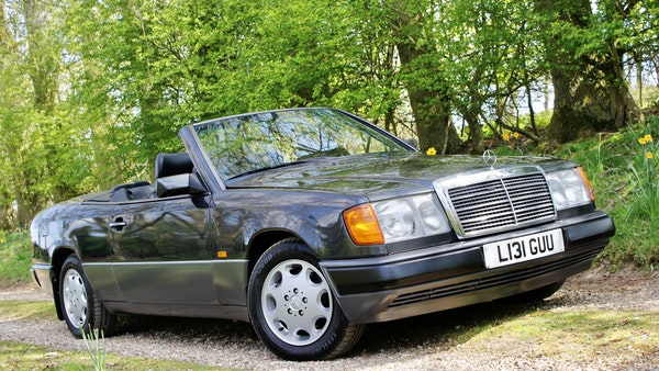 NO RESERVE! 1993 Mercedes-Benz 320CE Convertible For Sale (picture 37 of 156)