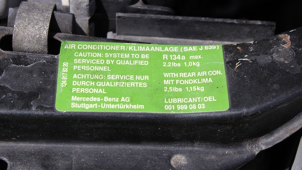 NO RESERVE! 1993 Mercedes-Benz 320CE Convertible For Sale (picture 126 of 156)