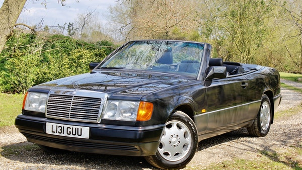 NO RESERVE! 1993 Mercedes-Benz 320CE Convertible For Sale (picture 44 of 156)