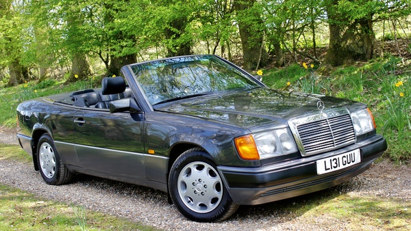 NO RESERVE! 1993 Mercedes-Benz 320CE Convertible For Sale (picture 34 of 156)