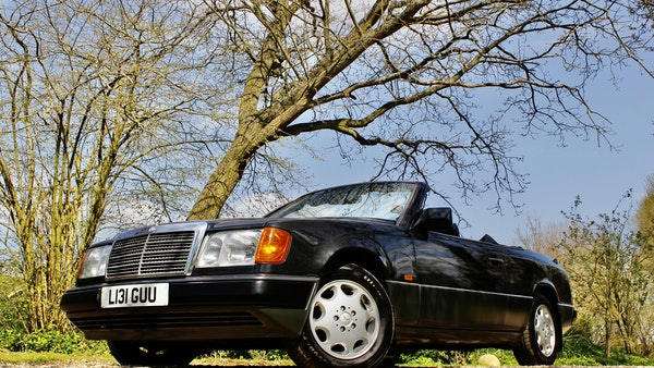 NO RESERVE! 1993 Mercedes-Benz 320CE Convertible For Sale (picture 48 of 156)