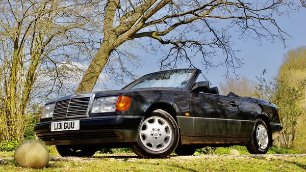NO RESERVE! 1993 Mercedes-Benz 320CE Convertible For Sale (picture 45 of 156)