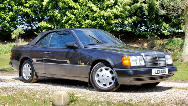 NO RESERVE! 1993 Mercedes-Benz 320CE Convertible For Sale (picture 8 of 156)
