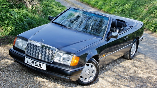 NO RESERVE! 1993 Mercedes-Benz 320CE Convertible For Sale (picture 32 of 156)