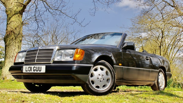 NO RESERVE! 1993 Mercedes-Benz 320CE Convertible For Sale (picture 59 of 156)