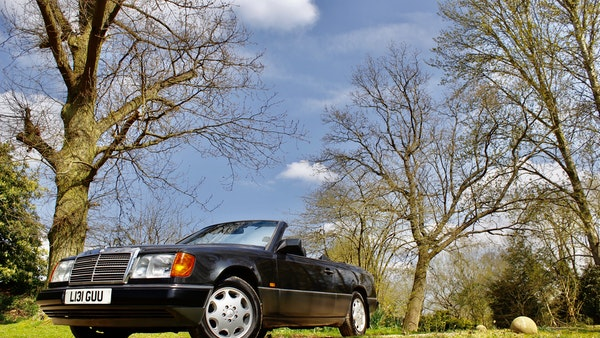 NO RESERVE! 1993 Mercedes-Benz 320CE Convertible For Sale (picture 57 of 156)