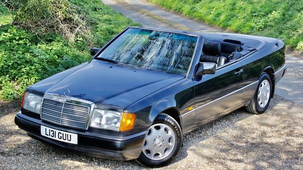 NO RESERVE! 1993 Mercedes-Benz 320CE Convertible For Sale (picture 28 of 156)