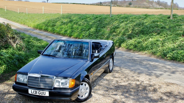 NO RESERVE! 1993 Mercedes-Benz 320CE Convertible For Sale (picture 31 of 156)