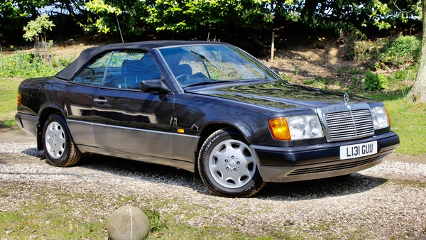 NO RESERVE! 1993 Mercedes-Benz 320CE Convertible For Sale (picture 7 of 156)