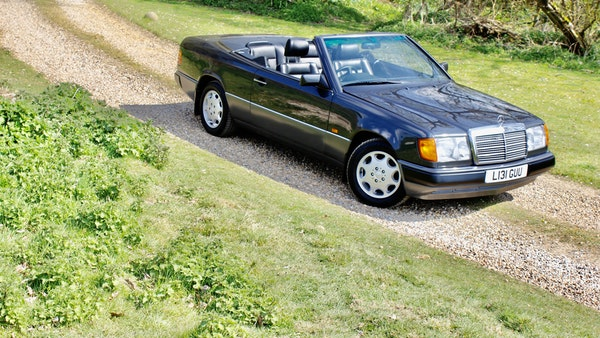 NO RESERVE! 1993 Mercedes-Benz 320CE Convertible For Sale (picture 38 of 156)