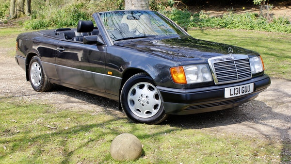 NO RESERVE! 1993 Mercedes-Benz 320CE Convertible For Sale (picture 60 of 156)