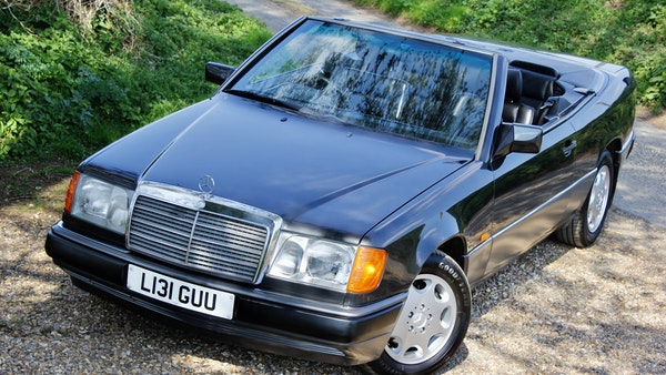 NO RESERVE! 1993 Mercedes-Benz 320CE Convertible For Sale (picture 30 of 156)