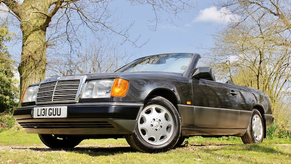 NO RESERVE! 1993 Mercedes-Benz 320CE Convertible For Sale (picture 54 of 156)