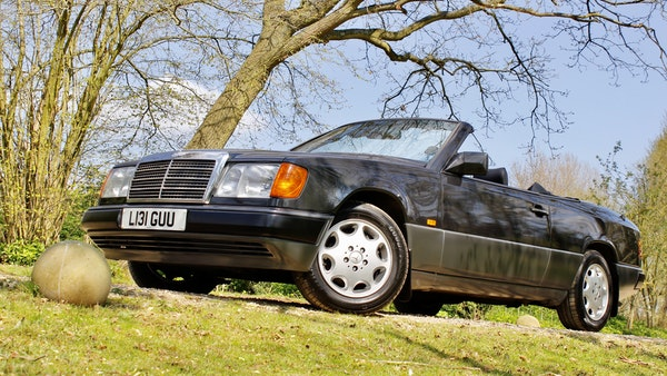 NO RESERVE! 1993 Mercedes-Benz 320CE Convertible For Sale (picture 47 of 156)