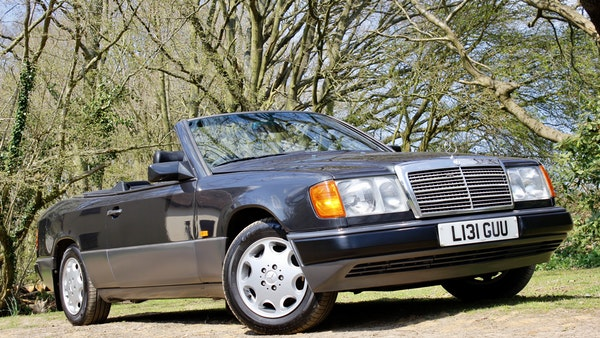 NO RESERVE! 1993 Mercedes-Benz 320CE Convertible For Sale (picture 63 of 156)