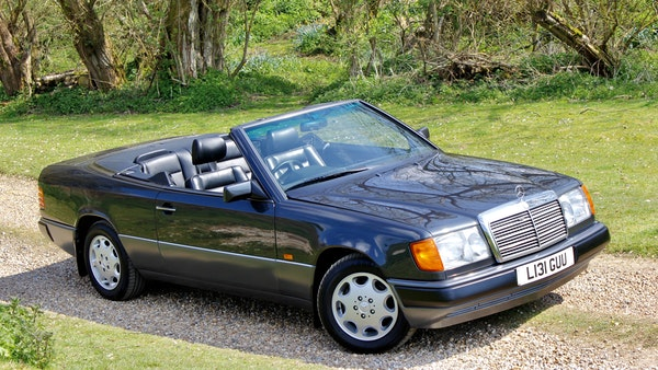 NO RESERVE! 1993 Mercedes-Benz 320CE Convertible For Sale (picture 39 of 156)