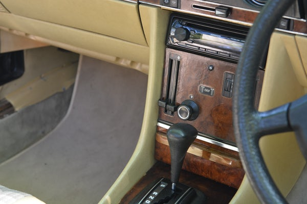 1984 Mercedes-Benz 380 SL For Sale (picture 82 of 159)