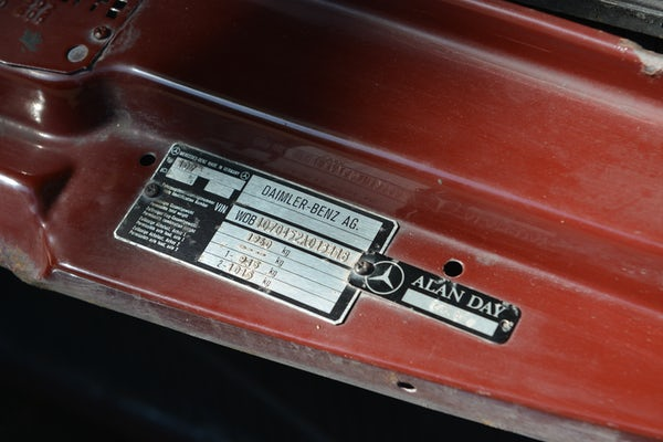 1984 Mercedes-Benz 380 SL For Sale (picture 103 of 159)