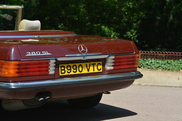 1984 Mercedes-Benz 380 SL For Sale (picture 21 of 159)