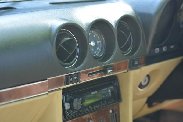1984 Mercedes-Benz 380 SL For Sale (picture 73 of 159)
