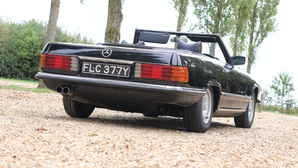1982 Mercedes 500 SL For Sale (picture 11 of 202)